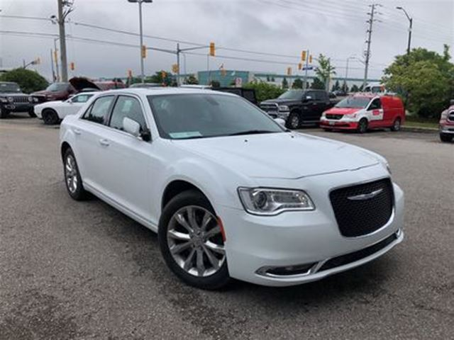2017 CHRYSLER 300 TOURING AWD**PANORAMIC SUNROOF*NAVIGATION** in Mississauga, Ontario