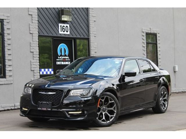 2017 CHRYSLER 300 S Line*SRT Design AREO Body Package*EXECUTIVE in Mississauga, Ontario