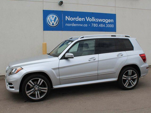 2013 MERCEDES-BENZ GLK-CLASS 350 AMG PACKAGE 4MATIC AWD in Edmonton, Alberta