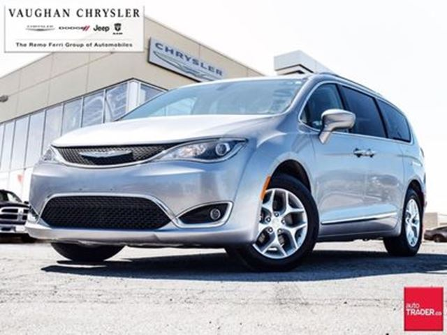 2017 CHRYSLER PACIFICA Touring-L Plus * Panoramic Sunroof * Navigation in Woodbridge, Ontario