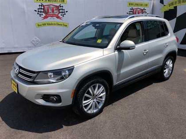 2014 VOLKSWAGEN TIGUAN Trendline, Auto, Leather, Panoramic Sunroof, AWD in Burlington, Ontario