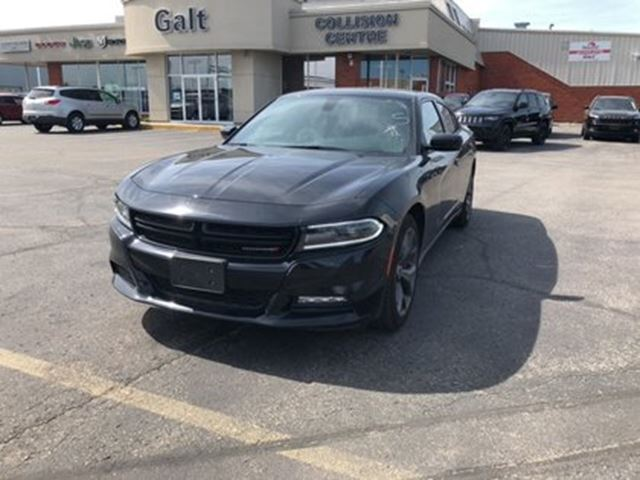 2017 DODGE CHARGER SXT in Cambridge, Ontario