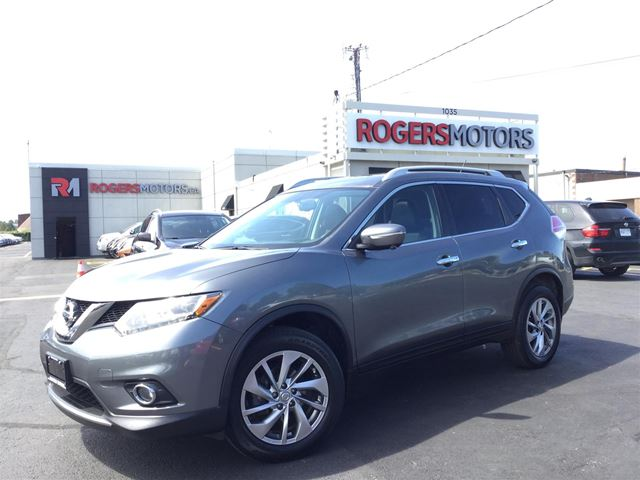 2015 NISSAN ROGUE SL AWD - NAVI - 360 CAMERA - PANO ROOF in Oakville, Ontario
