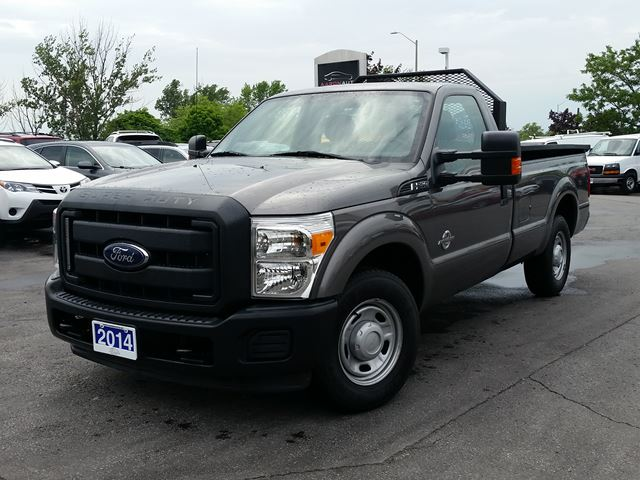2014 FORD F-250 REG CAB--8' BOX--POWER DUMP BOX in Belleville, Ontario