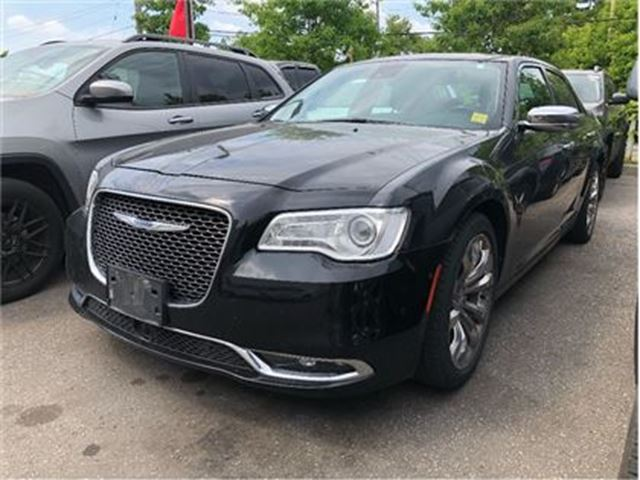 2015 CHRYSLER 300 Base C HEMI PANO SUNROOF NAV CAMERA HID LAMPS in Pickering, Ontario