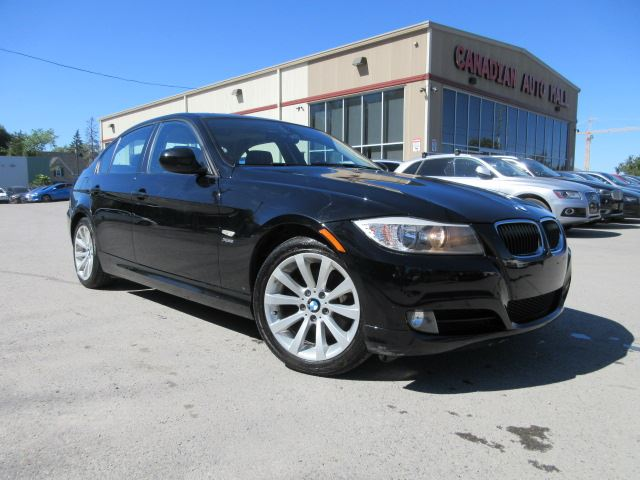 2011 BMW 3 Series 328i xDrive AWD, LEATHER, ROOF, BT, 81K! in Stittsville, Ontario
