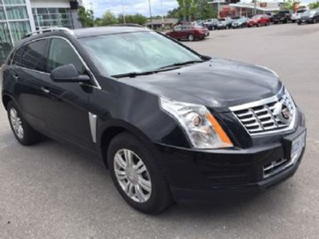 2016 CADILLAC SRX AWD 4dr Luxury in Mississauga, Ontario