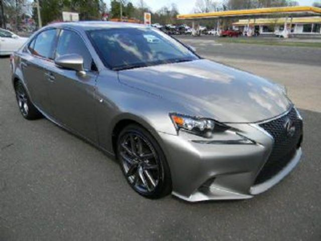 2015 LEXUS IS 250 AWD in Mississauga, Ontario