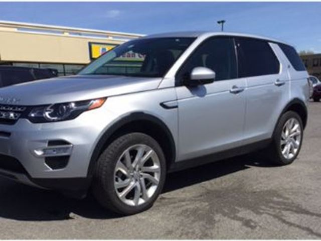 2016 LAND ROVER DISCOVERY LUXURY/AWD in Mississauga, Ontario