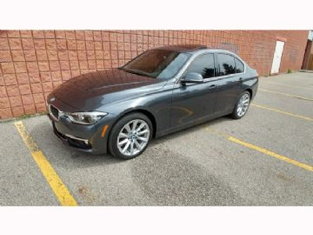 2017 BMW 3 SERIES 330i xDrive AWD / Enhanced Premium Package in Mississauga, Ontario