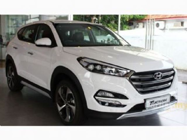 2017 HYUNDAI TUCSON AWD 4dr 2.0L + Excess Wear & Tear in Mississauga, Ontario