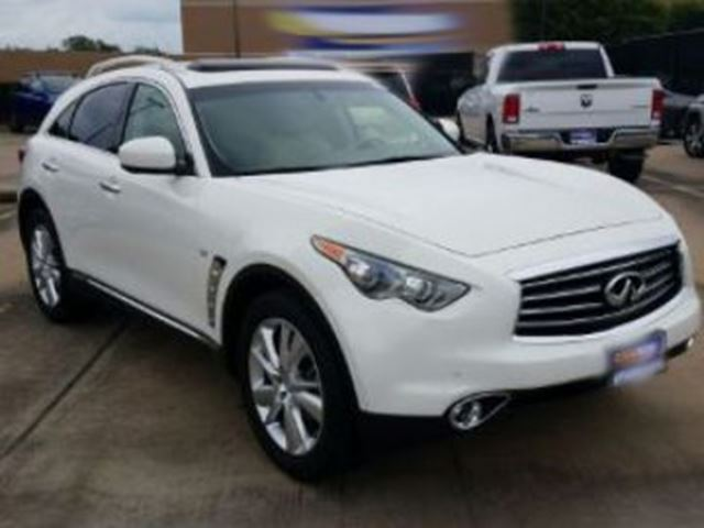 2015 INFINITI QX70 AWD 4dr Premium N Delux & Tech Package in Mississauga, Ontario