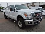 2013 Ford F-250 CREW CAB/4X4/BLUETOOTH/POWER SEAT/HEATED MIRRORS in Milton, Ontario