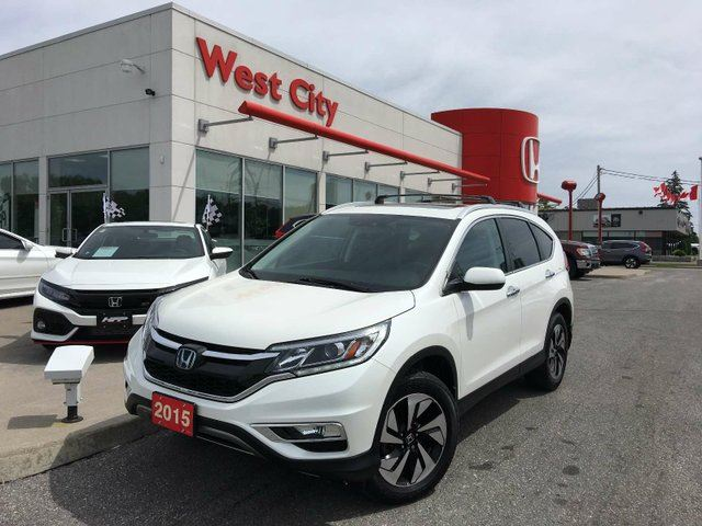 2015 HONDA CR-V TOURING,LEATHER,POWER LIFTGATE! in Belleville, Ontario