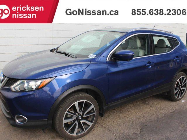 2017 NISSAN Qashqai SL: LEATHER, NAVIGATION, SUNROOF, AWD in Edmonton, Alberta