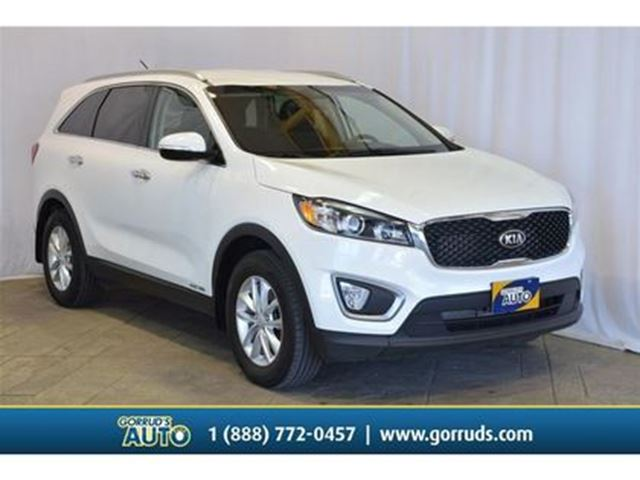 2017 KIA Sorento LX/AWD/HEAT SEATS/BLUETOOTH/BACK UP SENSORS/CRUISE in Milton, Ontario