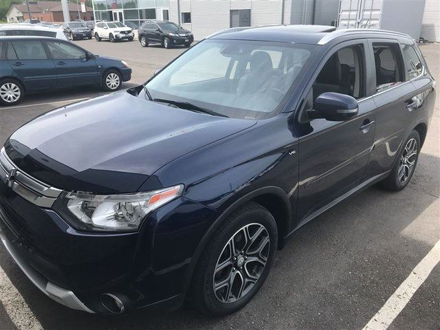 2015 Mitsubishi Outlander GT AWC, Power Tailgate, Leather, Back Up Cam in Thunder Bay, Ontario