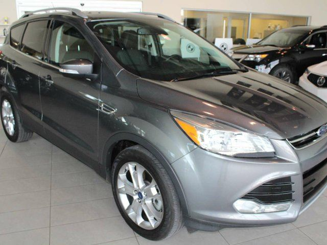 2014 FORD Escape TITANIUM - LOW KM, NAV, PANO ROOF, BLUETOOTH, HEATED SEATS! in Red Deer, Alberta