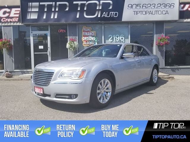 2012 Chrysler 300 Limited ** Leather, Panoramic Sunroof, Remote S in Bowmanville, Ontario