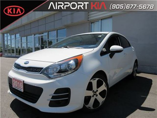 2016 KIA Rio SX w/UVO/ leather/camera/Manual in Mississauga, Ontario