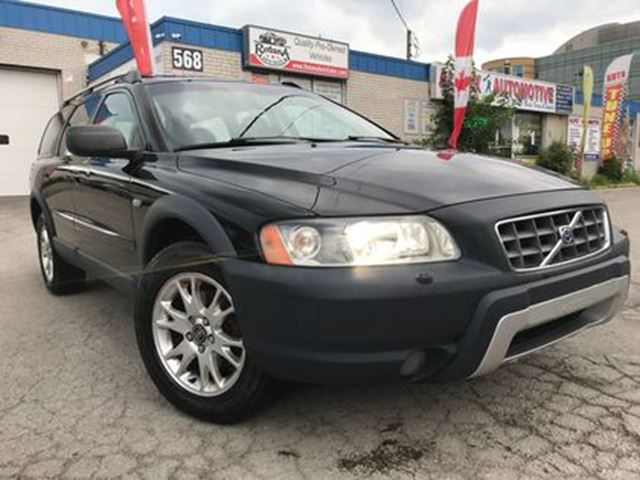 2006 VOLVO XC70 2.5T_LEATHER_SUNROOF_ACCIDENT FREE in Oakville, Ontario