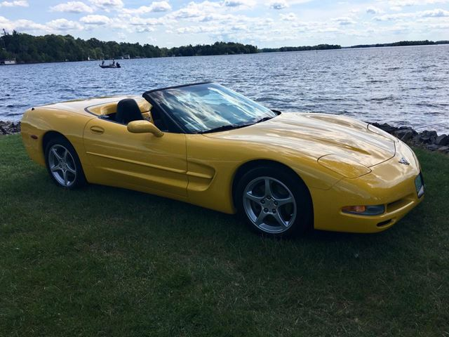2003 CHEVROLET Corvette Convertible only 26100 km in Perth, Ontario
