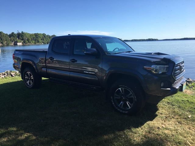 2017 Toyota Tacoma TRD Off Road Only 39200 km in Perth, Ontario