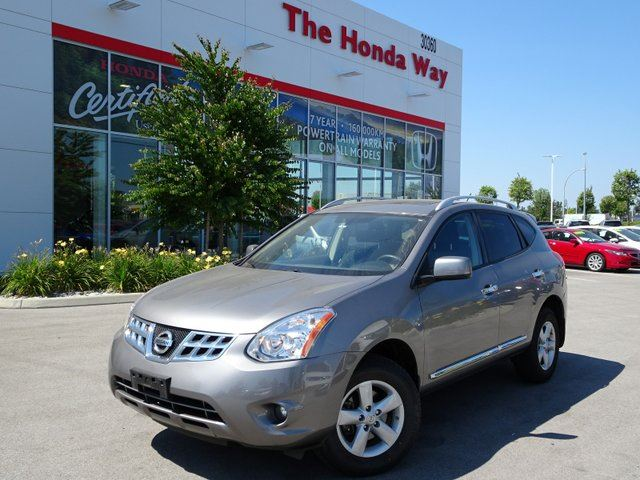 2013 Nissan Rogue SV AWD Special Edition in Abbotsford, British Columbia