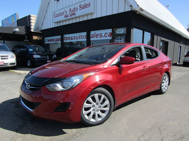 2013 Hyundai Elantra HEATED SEATS! BLUETOOTH! in St Catharines, Ontario