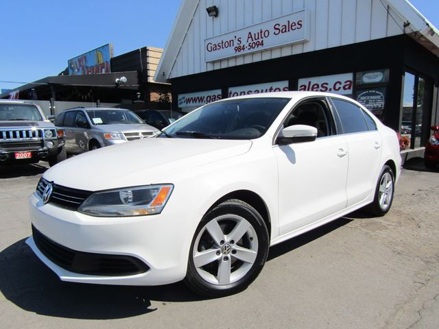 2012 Volkswagen Jetta HEATED SEATS! ALLOYS! in St Catharines, Ontario