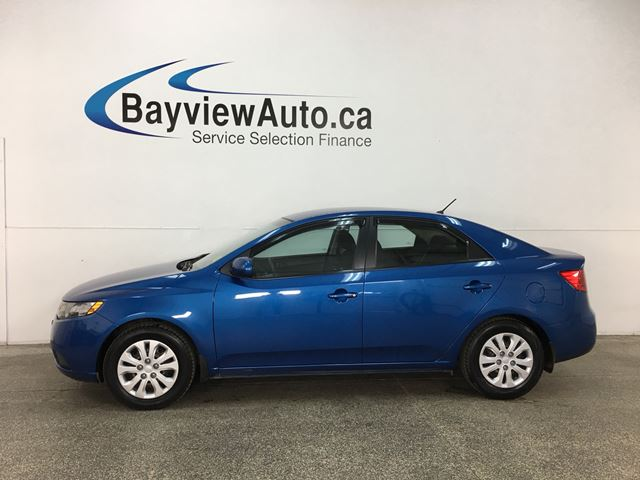 2013 KIA FORTE 2.0L LX - AUTO! A/C! BLUETOOTH! PWR GROUP! in Belleville, Ontario