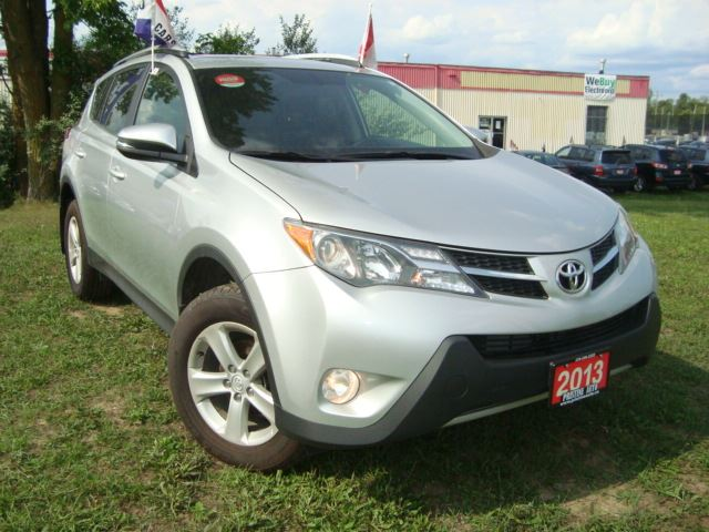 2013 TOYOTA RAV4 4WD Accident Free Only 69km Sunroof Bluetooth in Cambridge, Ontario