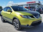 2017 Nissan Qashqai SL AWD PLATINUM w/all leather,NAV,rear cam,heated seats,pwr group,pwr moonroof,remote start in Cambridge, Ontario