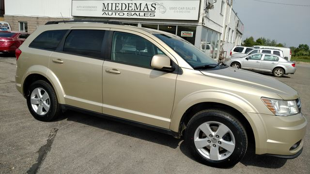 2011 DODGE Journey SXT in Orangeville, Ontario