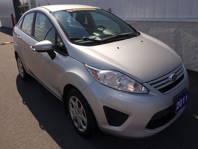 2011 FORD Fiesta SE (*AS IS*) in North Bay, Ontario