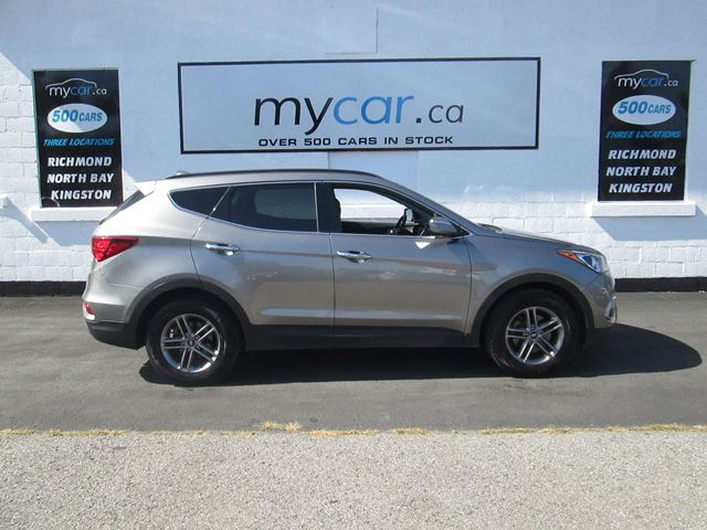 2018 Hyundai Santa Fe 2.4 SE PANORAMIC ROOF, LEATHER, HEATED SEATS! in North Bay, Ontario