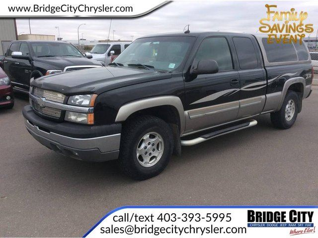 2003 Chevrolet Silverado 1500 EXT CAB 4WD 143.5 in Lethbridge, Alberta