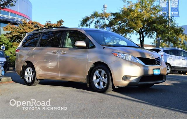 2013 Toyota Sienna LE Mobility in Richmond, British Columbia