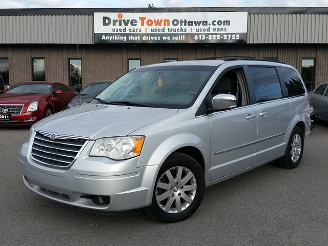 2010 CHRYSLER Town and Country Touring **MOONROOF**DUAL DVD** in Ottawa, Ontario