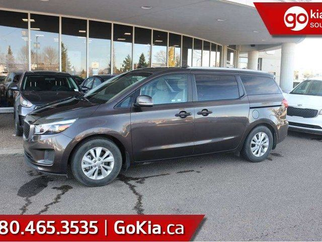 2018 KIA Sedona LX+ HEATED FRONT SEATS ... BLUETOOTH ... AIR CONDITIONING!!! in Edmonton, Alberta