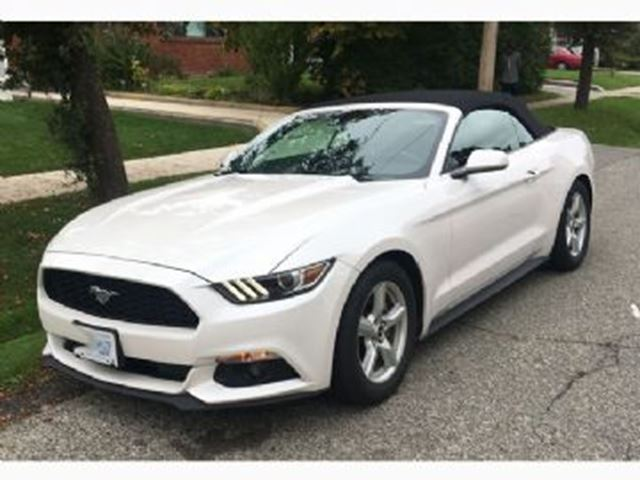 2017 FORD Mustang 2dr Conv V6 in Mississauga, Ontario