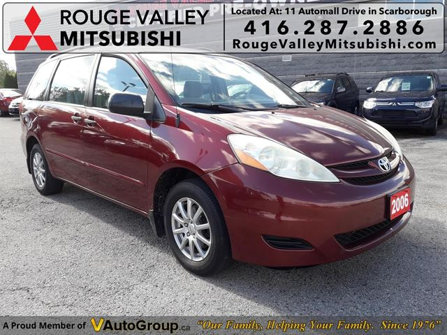 2006 TOYOTA Sienna CE 7 Passenger One Owner No accidents in Scarborough, Ontario