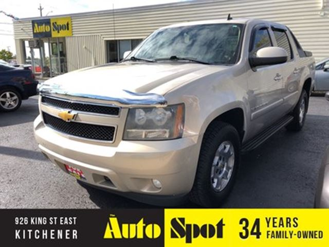 2008 Chevrolet Avalanche LT1/RARE/MINT/PRICED-QUICK SALE!! in Kitchener, Ontario