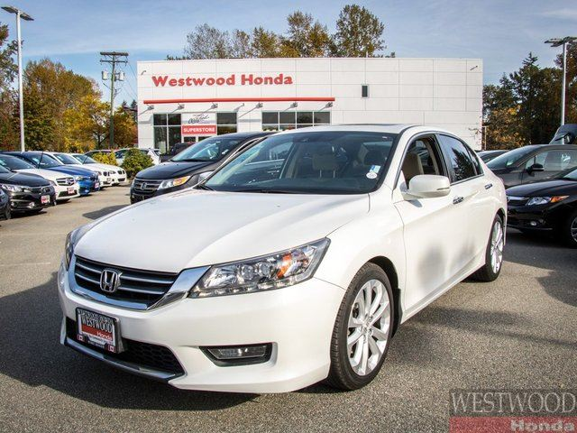 2015 HONDA ACCORD  Touring, Factory Warranty Until 2021 in Port Moody, British Columbia