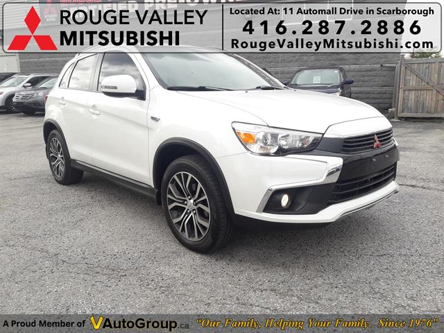 2016 Mitsubishi RVR GT 1 Owner! LEATHER NAVI SUNROOF BLUETOOTH in Scarborough, Ontario
