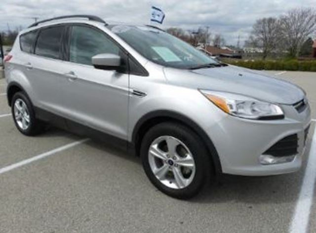 2016 FORD Escape SE FWD ENS CHROME + PLAN D'ENTRETIEN . in Mississauga, Ontario