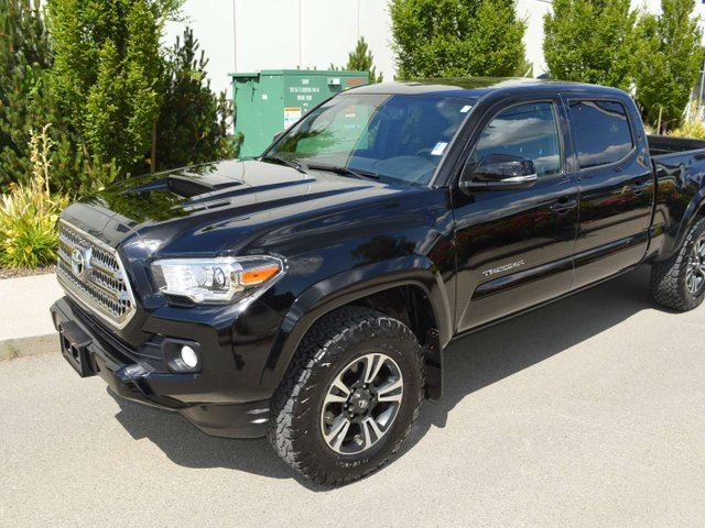 2017 Toyota Tacoma SR5 4x4 Double Cab 140.6 in. WB in Kamloops, British Columbia