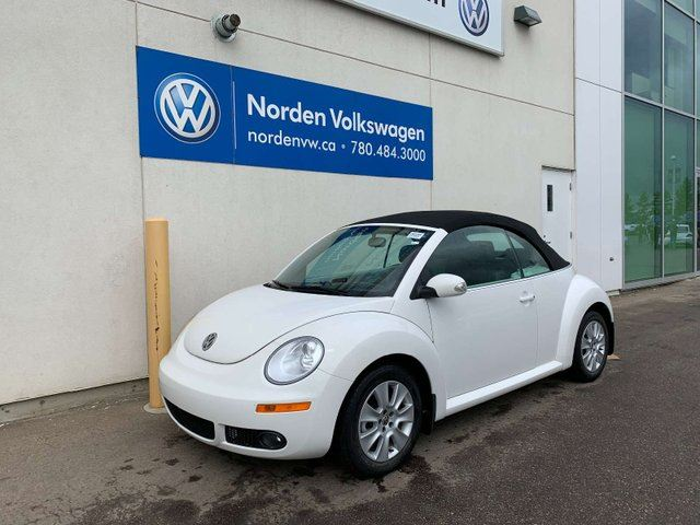 2010 Volkswagen New Beetle COMFORTLINE AUTO - HEATED LEATHER SEATS! in Edmonton, Alberta