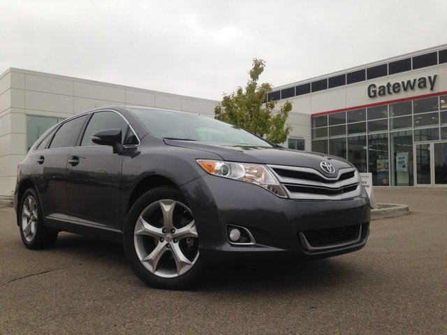 2015 Toyota Venza PASSED AMVIC INSPECTION! LE AWD in Edmonton, Alberta