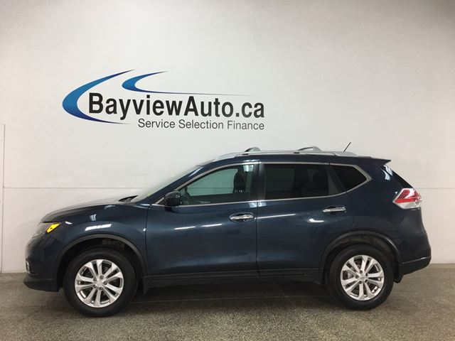 2016 NISSAN Rogue SV - AWD! PANOROOF! HTD SEATS! ALLOYS! + MORE! in Belleville, Ontario
